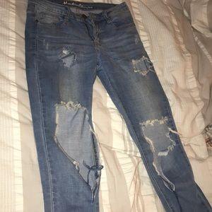 Denim - Light wash low cut jeans